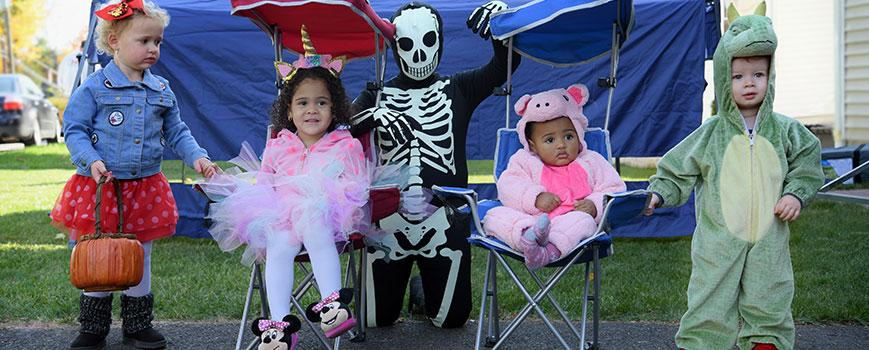 Safe Halloween Trick-or-Treating in Small Groups